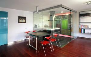 Interiorismo en Barcelona Interior Studio - Cocina con cabina de cristal - Rehabilitación de interiores