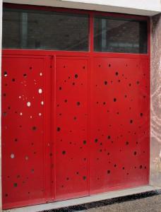 Portal Exterior Local - Portafolio de proyectos de interiorismo en Barcelona Interior Studio